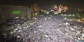 Egypt-army-topples