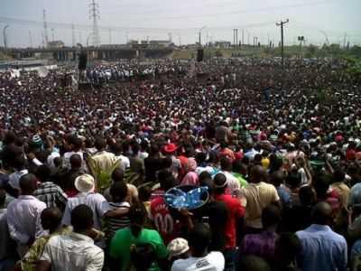 Crowd-Nigerians