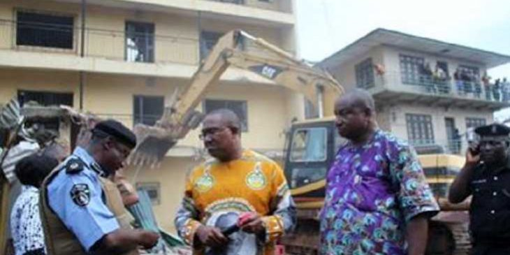 Onitsha-hotel-demolition