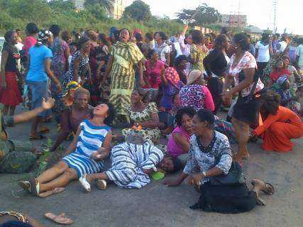 Anambra-woman-protest