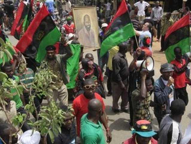 Biafra-live01