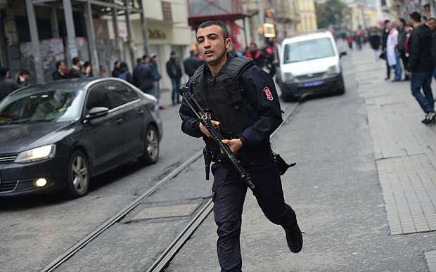 Istiklal avenue police man with riffle
