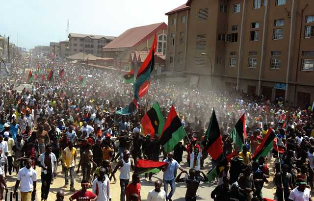 Pro-Biafra-supporters-in-Aba-Abia