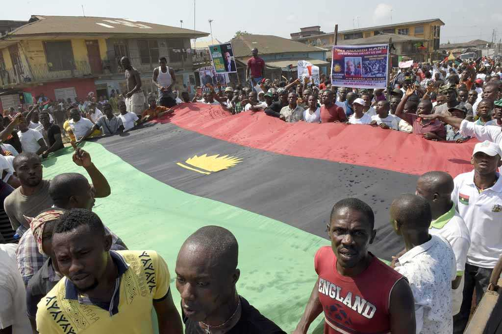 Large Biafra crowd with flag
