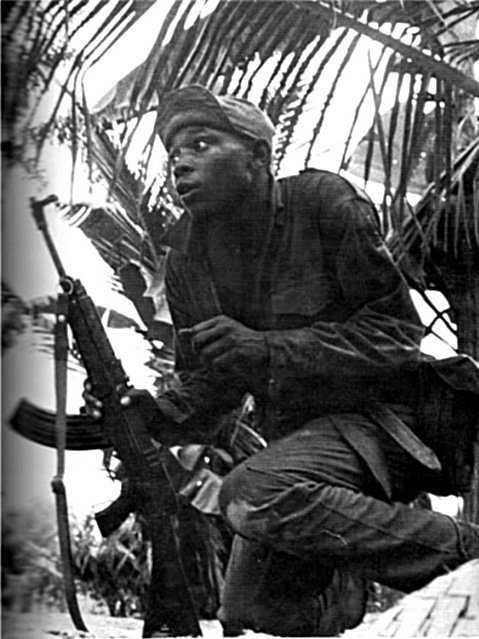 Biafran-soldier-in-the-bush-Abagana
