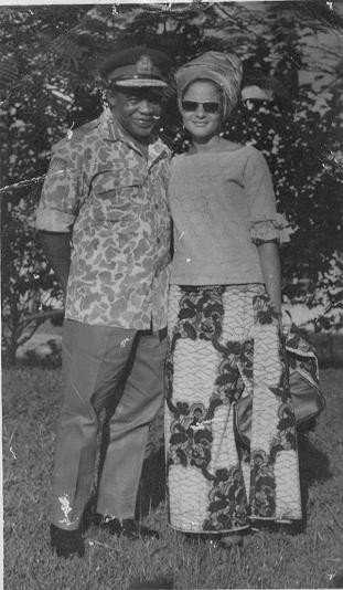 Gen-Phillip-Effiong-and-Wife