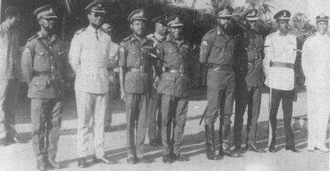 General-Effiong-is-fourth-from-left-General-Ojukwu